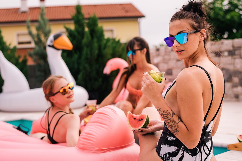 lifestyle fogografija produktov - sončna očala